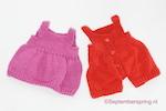 gebreide zomerse tuinbroek en jurk voor Poppie